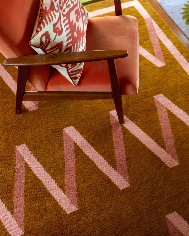 Close up of plush rug Folding Ribbon.